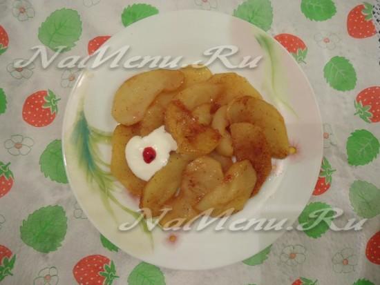 Яблоки печеные в мультиварке, рецепт с фото