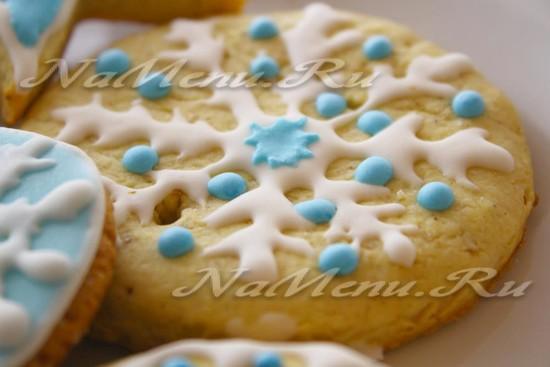 Рождественское печенье снежинка