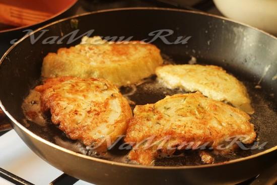 Жареная капуста кусками на сковороде рецепт