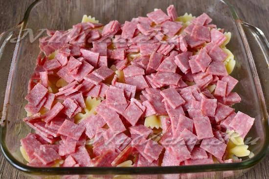 рецепт рожки с колбасой в духовке рецепт
