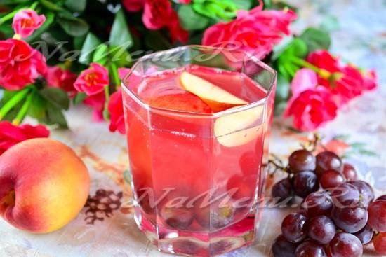 Рецепт компота из винограда и нектарина