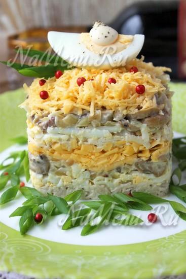Салаты с грибами рецепты с слоями