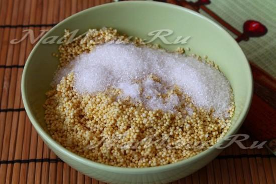 в пшено добавить сахар и соль