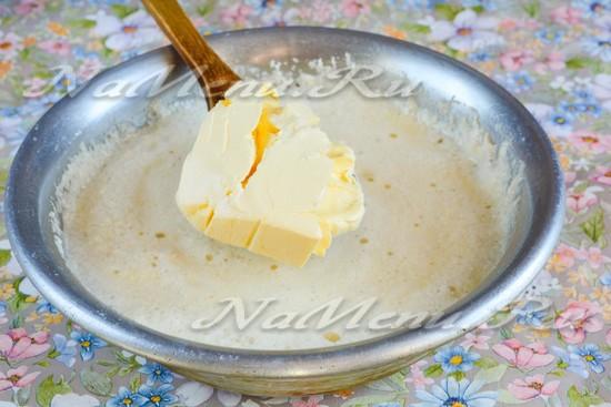 Добавить мягкий маргарин