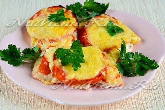 рецепт куриная отбивная с помидором и сыром в духовке рецепт с фото