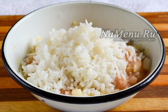 Добавить рис в фарш