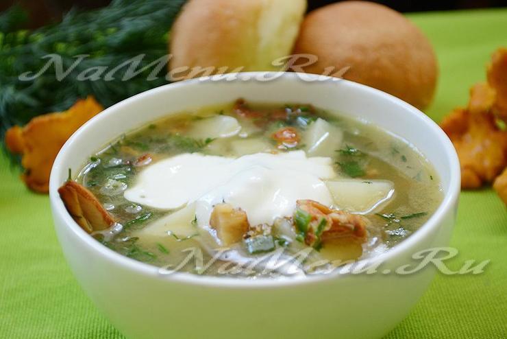 Суп со свежими лисичками