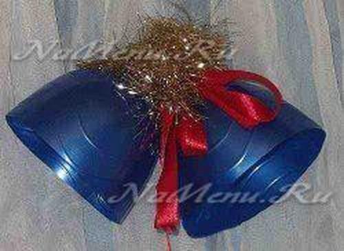 Пластиковые игрушки на елку