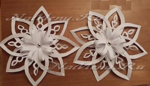 Снежинка в техние оригами