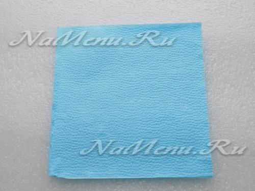 Бумажная салфетка с размерами 33х33 см