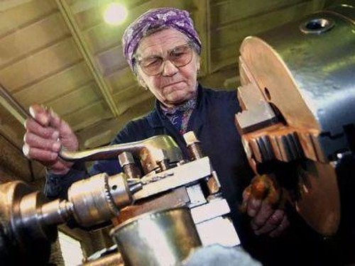 Пенсии работающим пенсионерам в 2017 году: последние новости из Госдумы