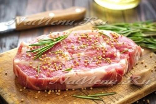 как замариновать стейки из свинины для гриля