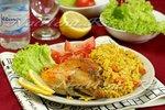 Курица из рисом, запеченная на духовке