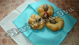 Вкусные булочки на Пасху