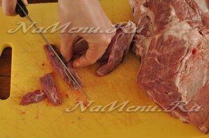 мелко порезать мясо
