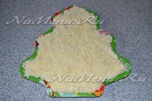 выложить слой картофеля с майонезом