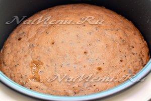 пирог с вареньем готов