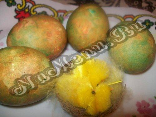 Пасхальные яйца Мраморные или как покрасить яйца луковой шелухой и зеленкой