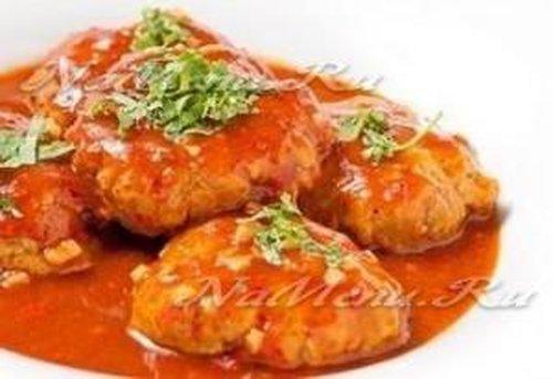 Котлеты рыбные в томатной подливке