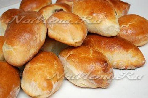 Дрожжевые пирожки с ливером