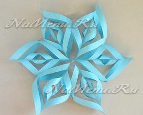 Бумажные снежинки на Новый год