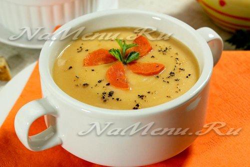 Суп-пюре из цветной капусты с овощами и сливками