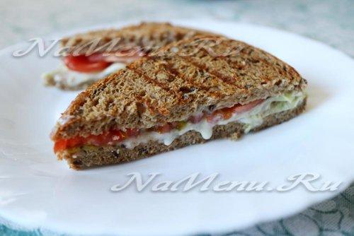 Горячий бутерброд с яйцом и колбасой на сковороде рецепт пошаговый 188