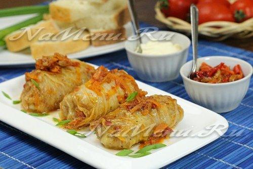 Голубцы из пекинской капусты с рисом и мясом