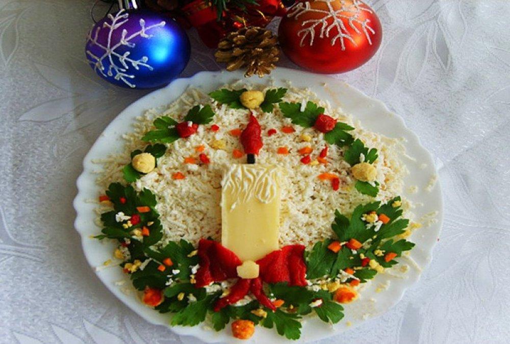 помимо костюмов украшение салатов к новому году картинки описали