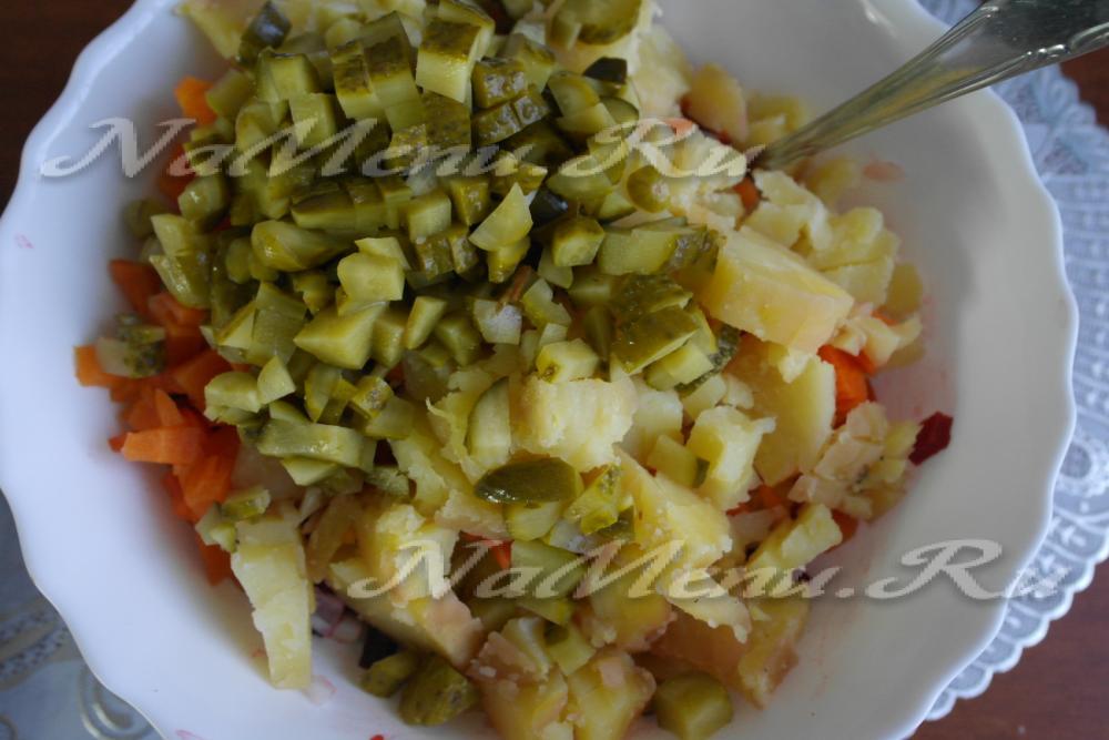 Как сделать салат из тунца консервированного фото 150
