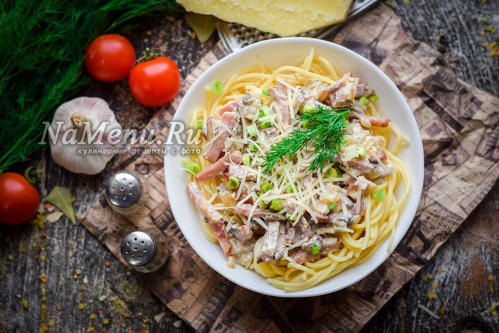 Макароны с грибами и ветчиной в сливочном соусе рецепт — 5