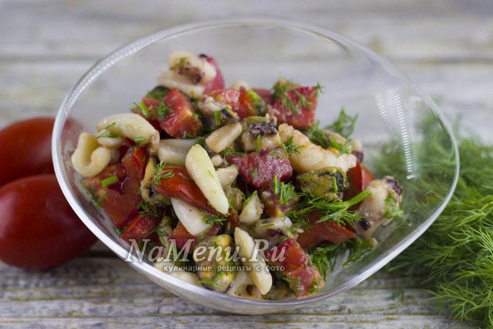 Теплые салаты из морепродуктов