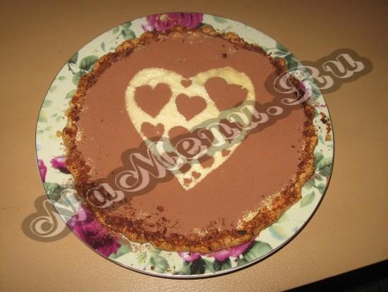 Готовый торт валентинка