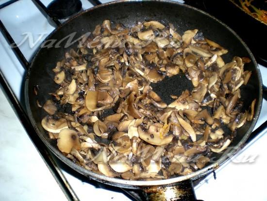 жарим грибы до готовности