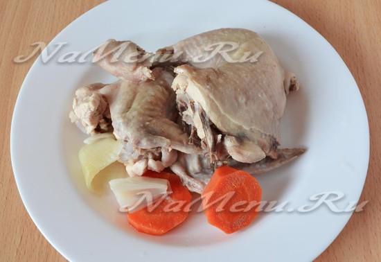 Выкладываем курицу