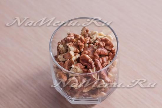 Наколоть орехи