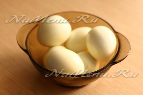 Почистить яйца