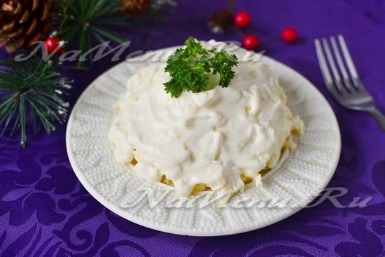 рецепт салата белочка с плавленным сыром