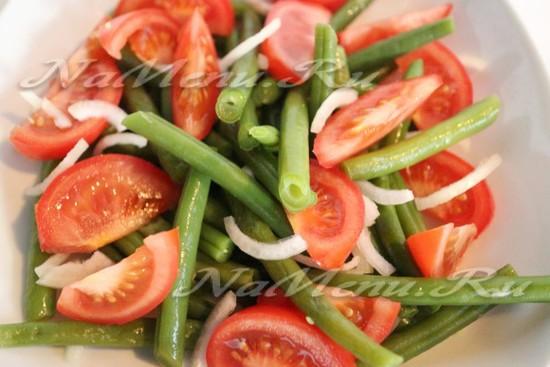 выкладываем овощи на тарелку