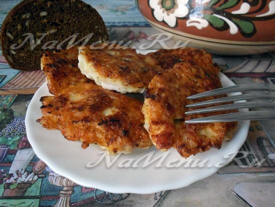 готовые оладьи из куриного филе