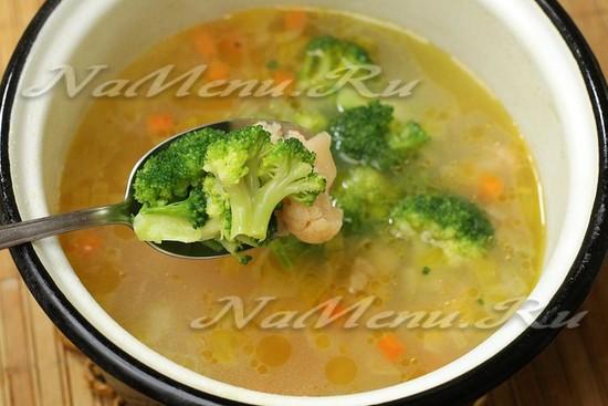 добавили брокколи и цветную капусту в суп