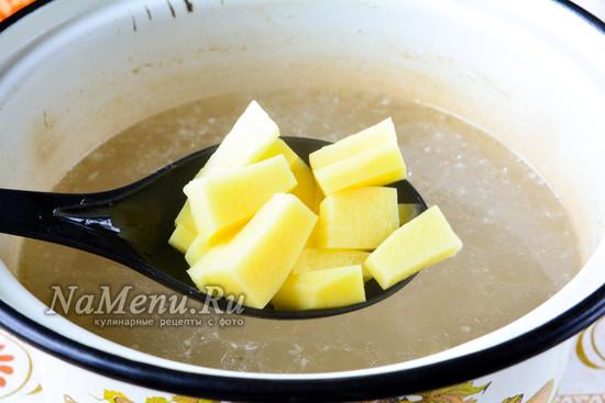 Сварить картошку