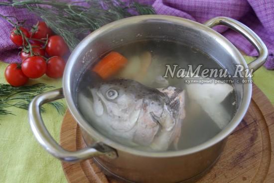 сварить рыбу