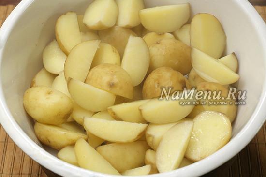 отвариваем картошку до полуготовности