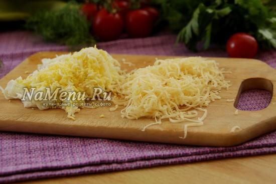 яйцо и сыр натереть на терку