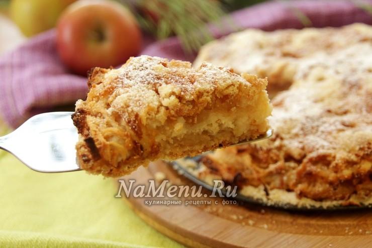 """Простой и вкусный насыпной яблочный пирог """"Три стакана"""""""