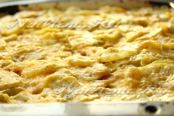 Картофельный гратен с сыром и сливками за 20 минут