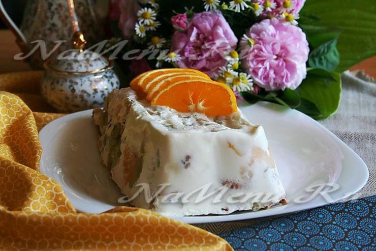 Торт без выпечки с фруктами и желатином «Уральские самоцветы»