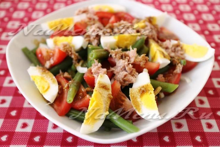 """Классический салат """"Нисуаз"""" с тунцом"""