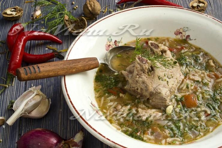 Классический суп-харчо из баранины